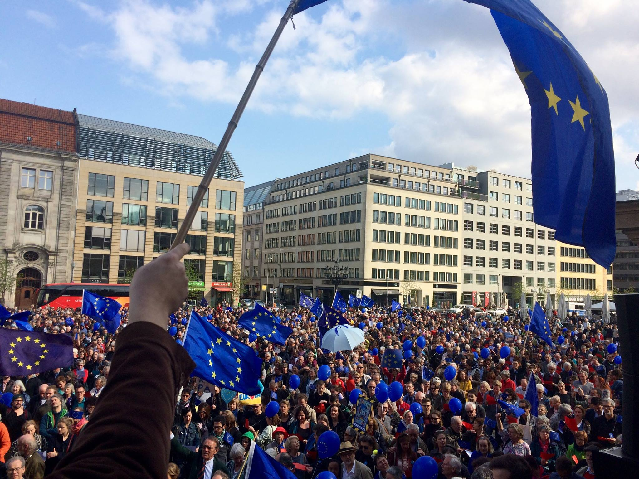 Berlin, 2. April 2017 – 5 Min. bei Pulse of Europe – Clara Mavellia